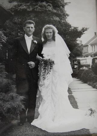 Wedding Dress Made From Saving Parachute by Wwii Wedding Dress Made From A Saving Parachute The