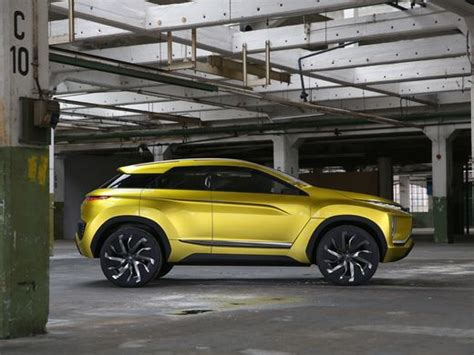 tesla jeep concept jaguar could scare tesla with electric i pace suv concept