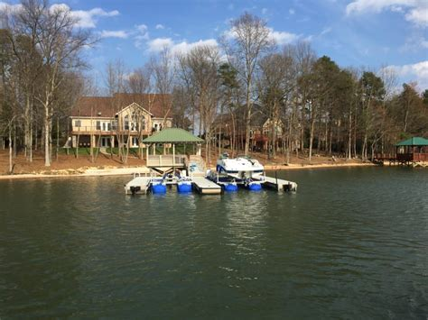 lake norman boats dealers lake norman hydrohoist boat lifts boat lift