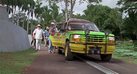 jurassic park car movie ford explorer cars in jurassic park 1993 movie scenes