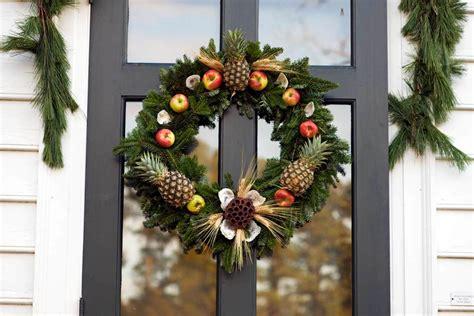 williamsburg christmas decorating ideas decorations walking tour