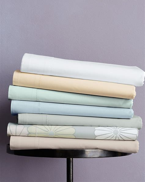 bed sheets types 100 types of bed sheets the different types of bunk