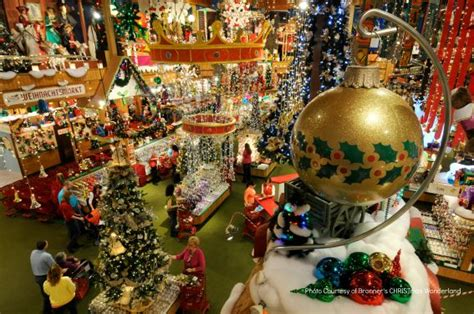 christmas in july top kid friendly places to celebrate