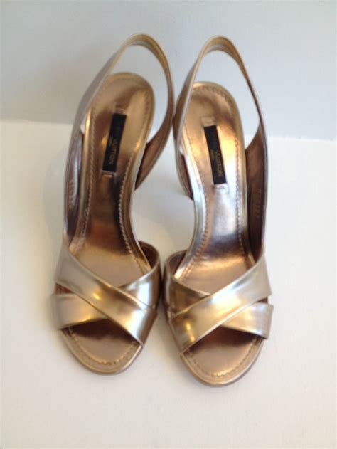 Louis Vuittons Feerique T Sandals Shoes With Gold Plated Heels by Louis Vuitton Gold Metallic Sandals At 1stdibs