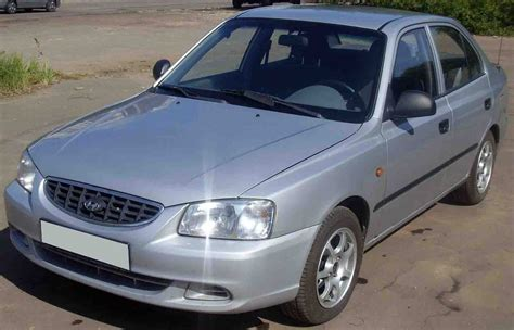 hyundai brio 2004 used 2004 hyundai accent photos 1500cc gasoline ff
