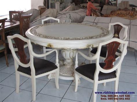 Set Meja Makan Kayu set meja makan kayu model bundar rizki raya mebel