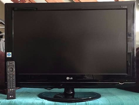 Tv Lcd Hd Murah lg 32lg5700 32 quot inch hd lcd flat screen tv 163 90 ono in restalrig edinburgh gumtree