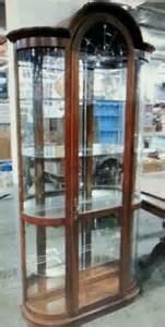 Pulaski Curved Glass Curio Cabinet Pulaski Curved Glass Lighted Curio Cabinet Hutch Storage