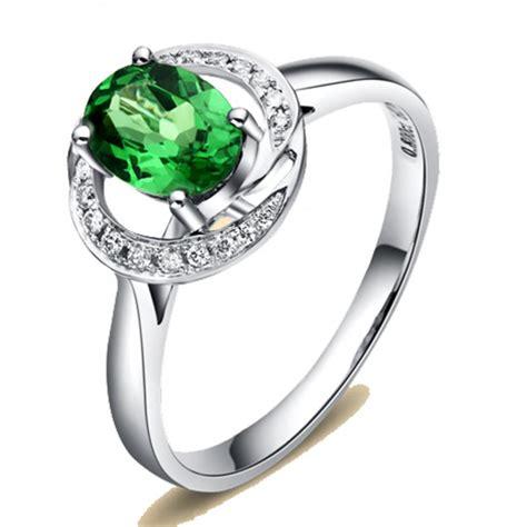 unique 1 carat emerald and halo engagement ring