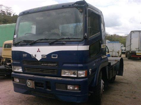Headl Mitsubishi Canter Kanan fuso 6w and 10w tractor for sale from zambales olongapo adpost classifieds