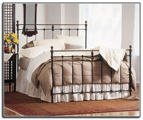 Iron Bed Frame Queen Wrought Iron Queen Bed Frame Plans King Wrought Iron Bed Frame