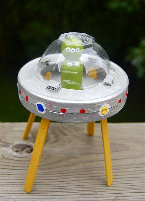 como construir un destructor espacial con materiales reciclados c 243 mo hacer una nave extraterrestre manualidades para ni 241 os