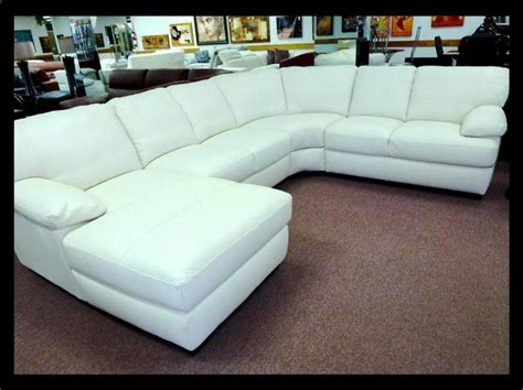 Living Room Furniture Sale Philadelphia Oltre 1000 Idee Su Leather Sofa Sale Su Divani