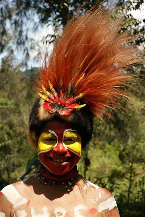 Mascara Sariayu Papua 31 best images about warning huli of papua new guinea on photo