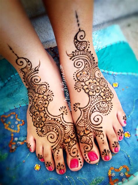 henna tattoo on foot henna feet body ink and piercings pinterest henna
