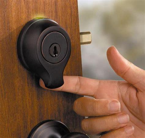 Thumbprint Door Lock by Smartscan Biometric Fingerprint Scan Deadbolt Hiconsumption