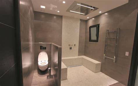 Bien Radiateur Salle De Bain Design #1: 297943-salle-de-bain-design-et-contemporaine-douche-pluie-dans-salle.jpg