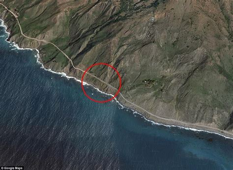 Pch Mudslide - big sur landslide added 13 acres to california s coastline daily mail online