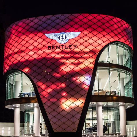 bentley dubai world s largest bentley dealership opens in you guessed