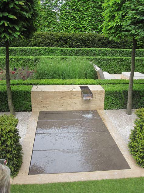 Wasserspiele Gartengestaltung