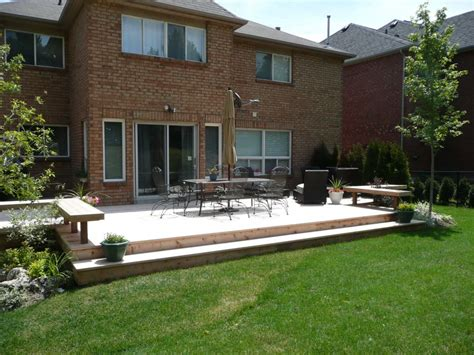 Images Of Backyard Decks by Backyard Deck Pictures