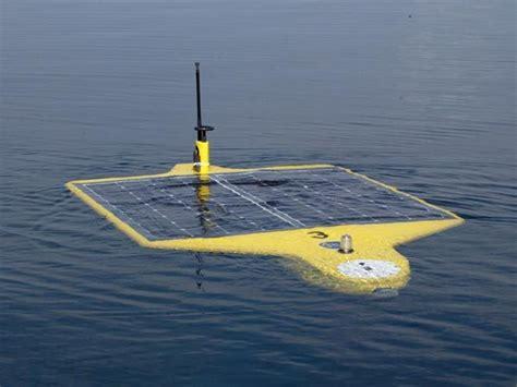 Solar Vdr V 1377s U this autonmous underwater vehicle auv runs on solar