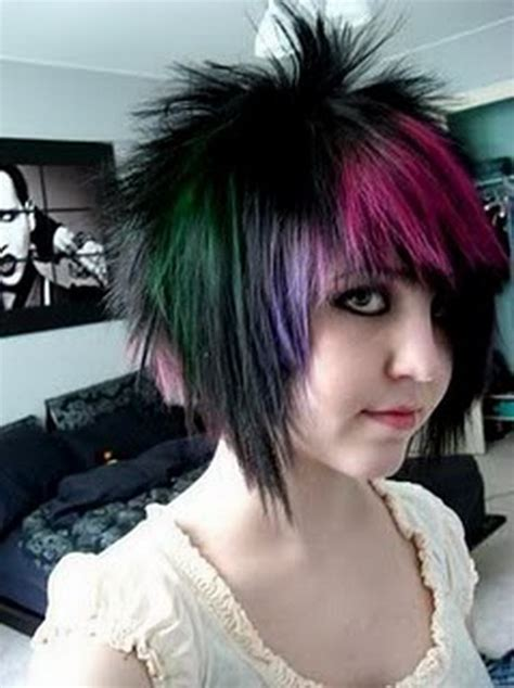 photos of emo haircut fo women with large noises short emo hairstyles for girls