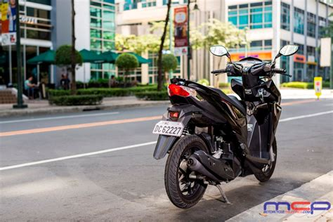 Click the City: Honda Click 125i Review   Motorcycle