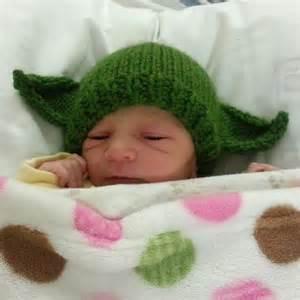 Newborn yoda hat knitting pattern