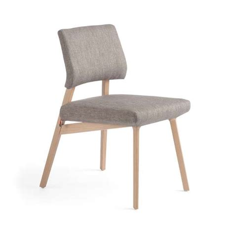Chaise Style Scandinave by Chaise Style Scandinave En Tissu Et Bois Lindsay Mobitec