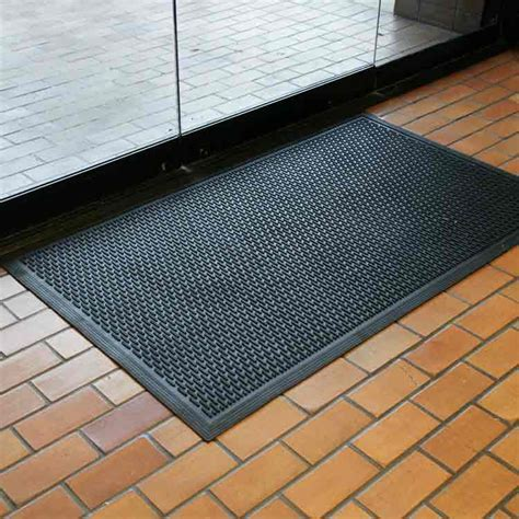 Doormat Company by Dura Scraper Linear Rubber Doormat