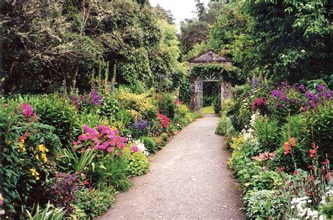 beautiful gardens to visit in northern ireland