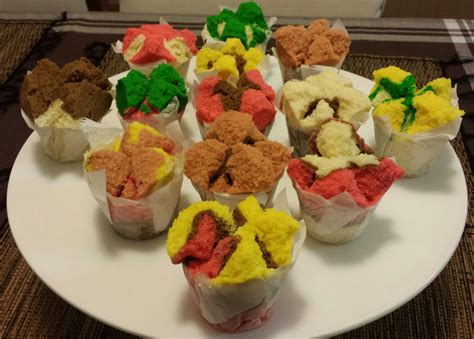 indonesian traditional cakes bolu steamed cake the indonesian steamed cupcakes bolu kukus anita of cake