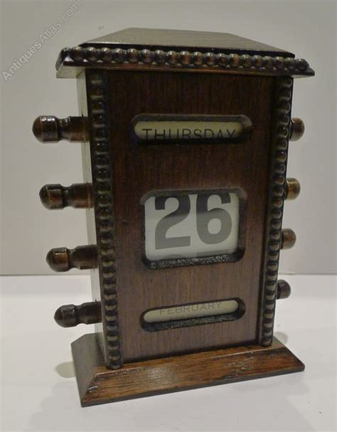 antique perpetual desk calendar antiques atlas antique english oak perpetual desk