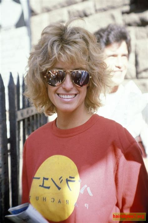 farrah fawcetts face shape farrah fawcett hairstyles google search beauty