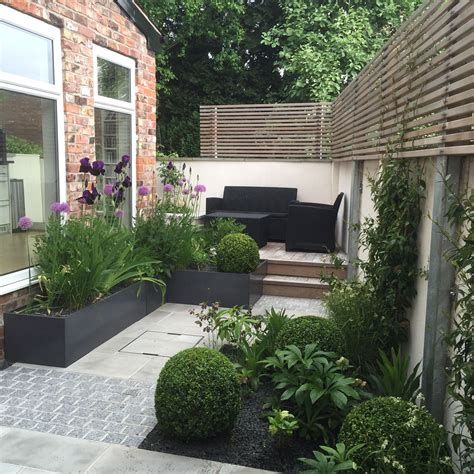 small garden ideas to make the most of a tiny space side