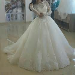Puffy Wedding Dresses 2015 Glamorous Jewel Lace Bodice Appliqued Long Sleeve Puffy Princess Wedding Dresses In Wedding
