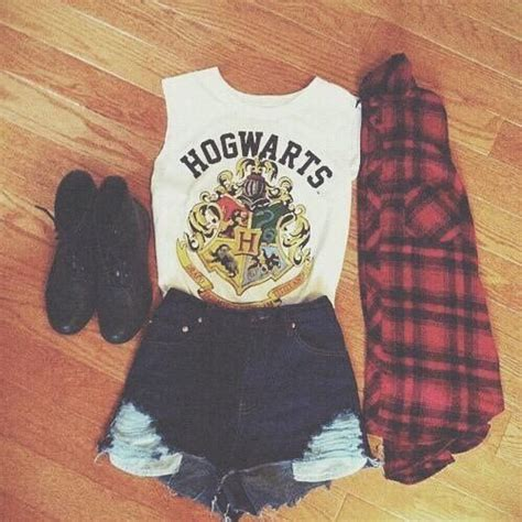 25  best ideas about Teen Fashion Outfits on Pinterest