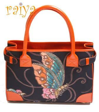 raiyabutik ethnic handbags footwear