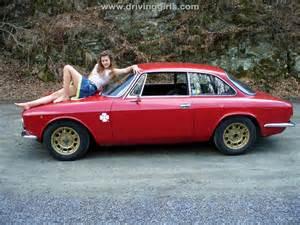 Alfa Romeo Gt Bertone See Pedal Pumping Redline Revving A Porsche