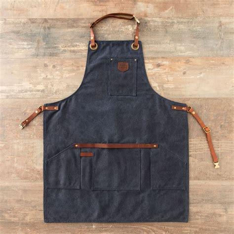 tablier de cuisine personnalisé homme tablier bleu homme imperm 233 able anti t 226 ches 232 res cuir