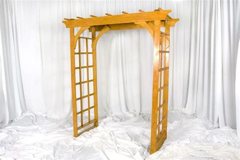 Wood Arbor Rental 1000 Ideas About Wooden Arch On Rustic