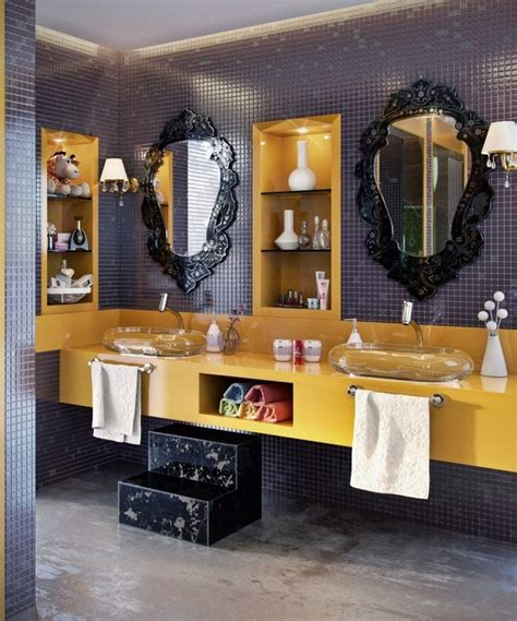 Black And Gold Bathroom Decor by Bathroom Decor In Gold And Black Tones