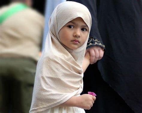 Mendidik Anak Perempuan Bagus 174 nama islam untuk bayi perempuan yang indah dan artinya islamidia