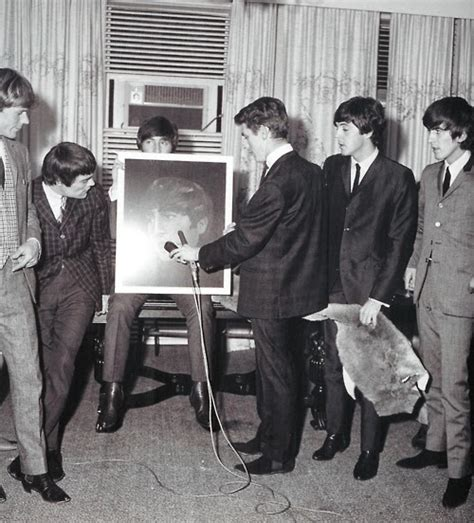 swinging meets meet the beatles for real painting at the press conference