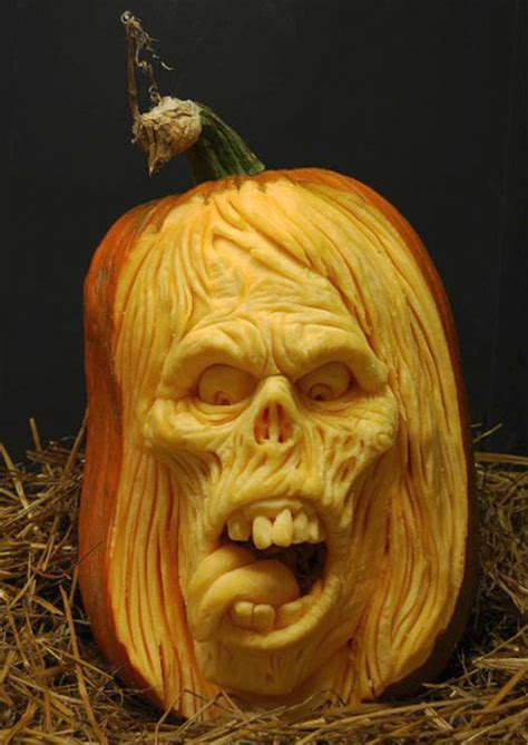 scary pumpkin carvings frikkin awesome