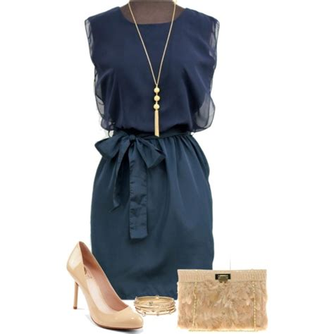 what color shoes to wear with navy blue dress