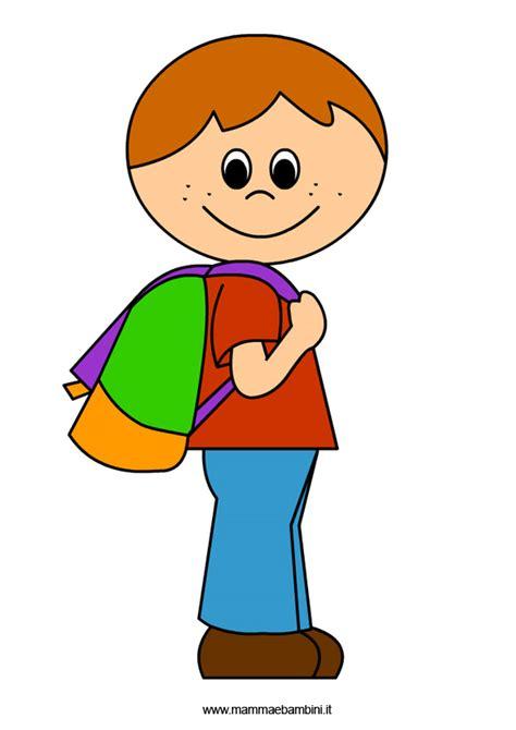 disegni bambini accoglienza disegno bambino con zaino mamma e bambini