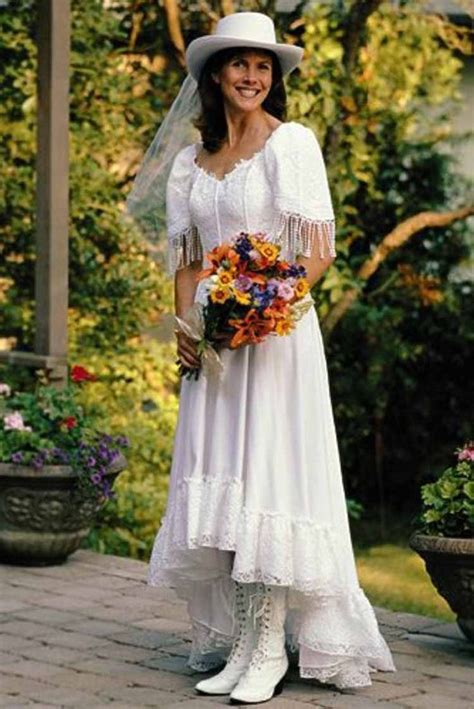 country western style wedding dresses discover and save creative ideas