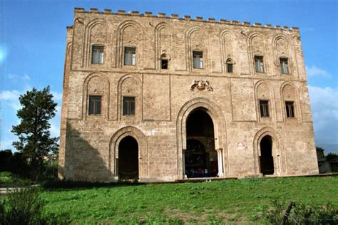 Banca Reale Palermo by Della Zisa Castlesintheworld